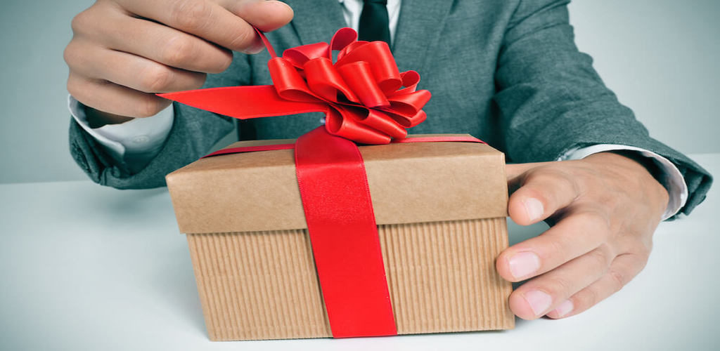 5 Ways To Make Your Corporate Gift Section Easy